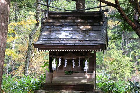 穂高神社奥宮社殿